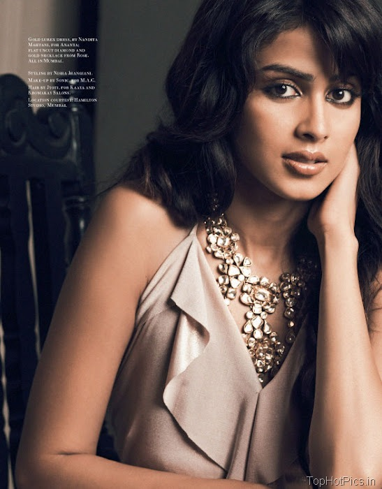 Genelia Hot Photo shoot for magazine 4