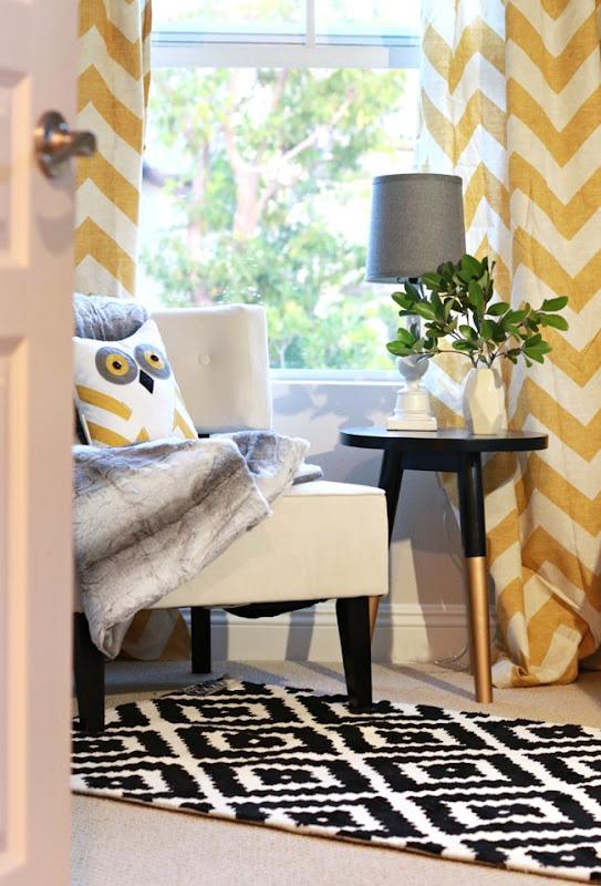 yellowandblackbedroom