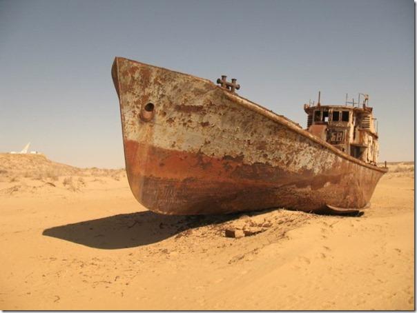 Navios abandonados de Mar de Aral (1)