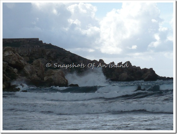 Golden Bay - Stormy Seas 027