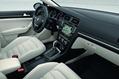 2013-VW-Golf-Seven-30