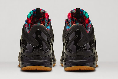 nike lebron 11 low gr black hyper crimson 4 06 Release Reminder: Nike LeBron 11 Low Acid Lion