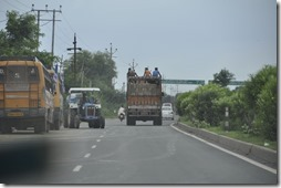 delhi gwalior 013 a contre sens