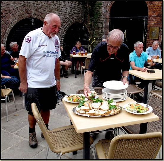3pm = a second lunch at the Mark Addy