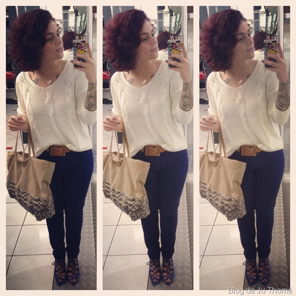 look calça azul, sapato azul,  tricot branco e bolsa COLCCI (1)