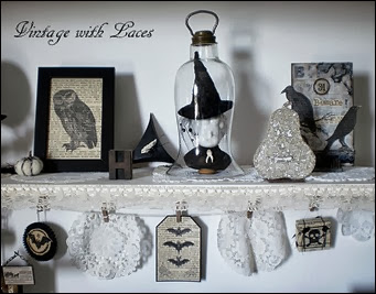Black and White Halloween Decoration Shelf