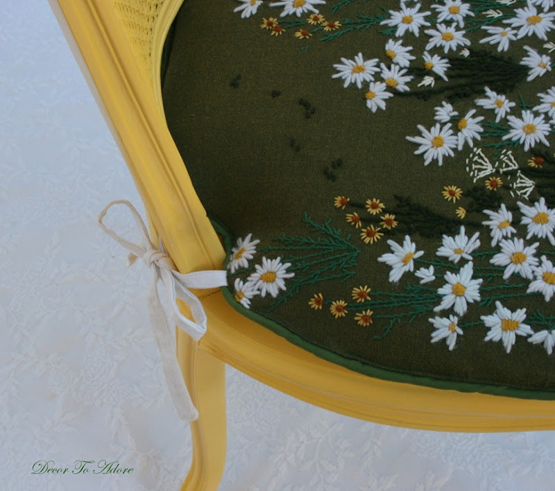 daisy chair 052-1