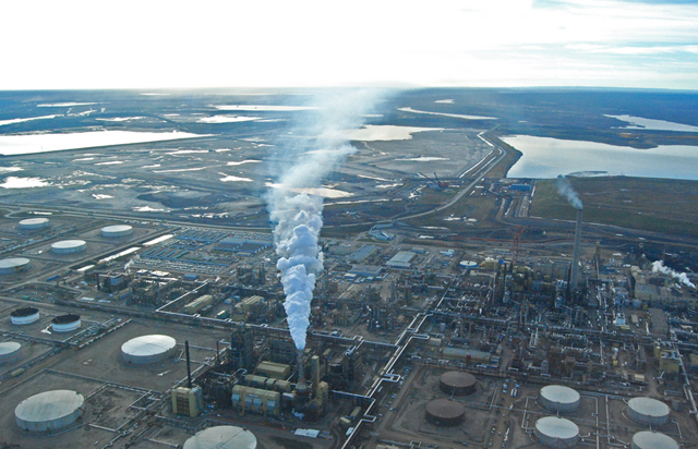 Aerial view of the Athabasca oil sands mine (Alberta tar sands), 7 October 2010. Photo: NWFblogs / flickr