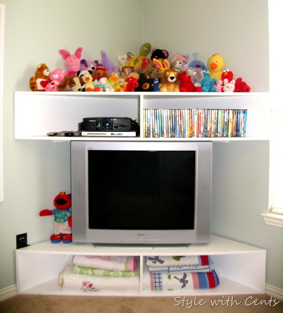 Creating an Inexpensive Playroom from Style with Cents www.stylewithcents.blogspot.com 11