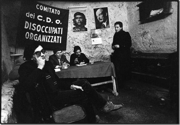 Nella sede dei disoccupati organizzati di Montecalvario, Napoli, 1978