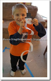 Easy Paper Snowman Craft for Kids