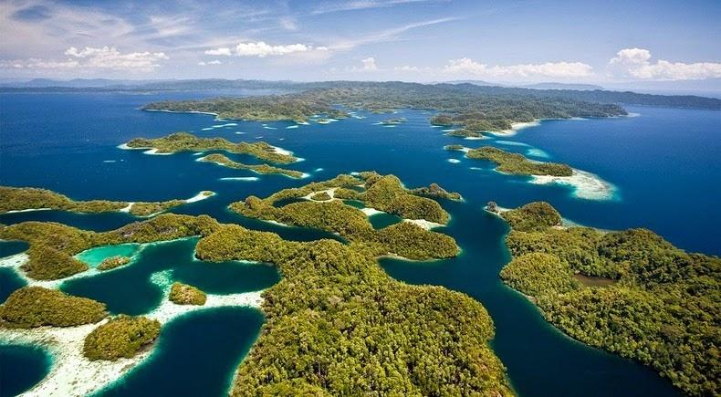 raja-ampat-islands-2