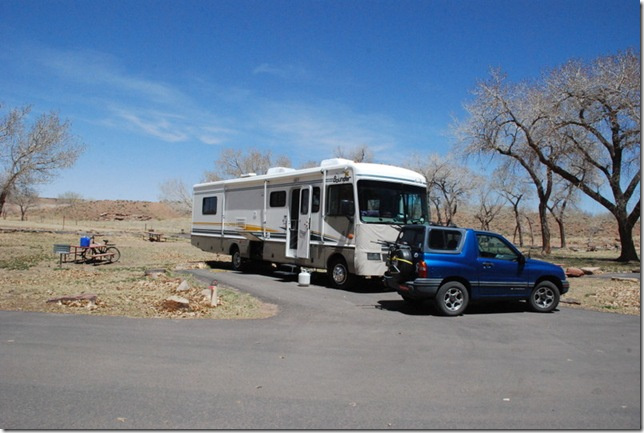 04-24-13 E Cottonwood Campground Canyon de Chelly 003