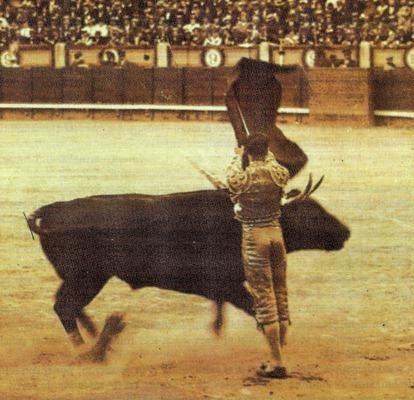 Pase-de-la-muerte-Joselito-el-Gallo-
