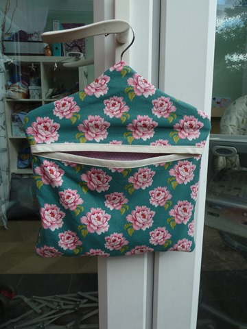 Pretty peg bag