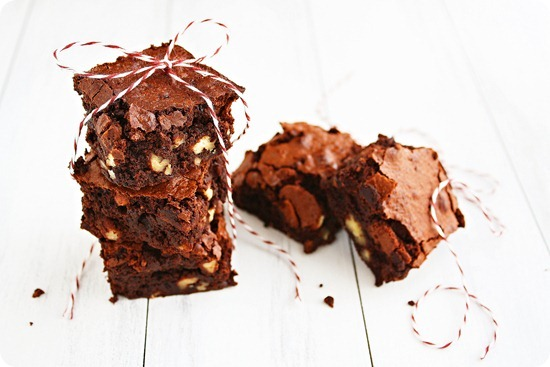 Gluten Free Fudgy Pecan Brownies – Decadent, fudgy GF pecan brownies that taste AMAZING, with easy-to-find ingredients! | thecomfortofcooking.com