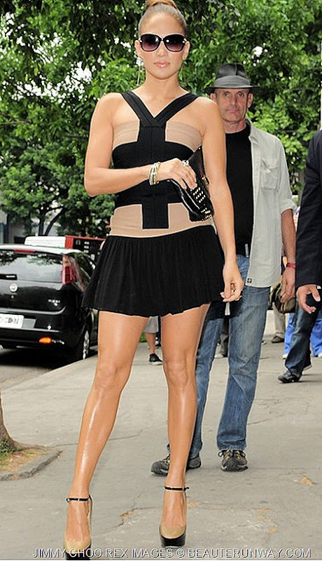 JENNIFER LOPEZ IN JIMMY CHOO SISKIN - OUT & ABOUT BUENOS AIRES