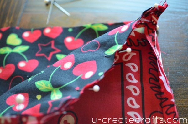 Drawstring Bandanna Backpack Step 23