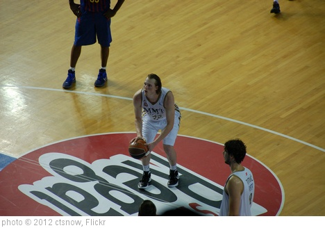 'Madrid's Kyle Singler has scored 11 and 8 points in the first 2 games' photo (c) 2012, ctsnow - license: http://creativecommons.org/licenses/by/2.0/