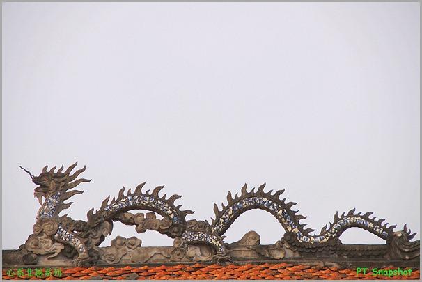 文庙屋顶上的龙形雕刻