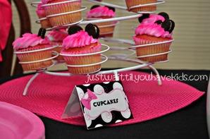 Minnie's-Bowtique-Cupcakes