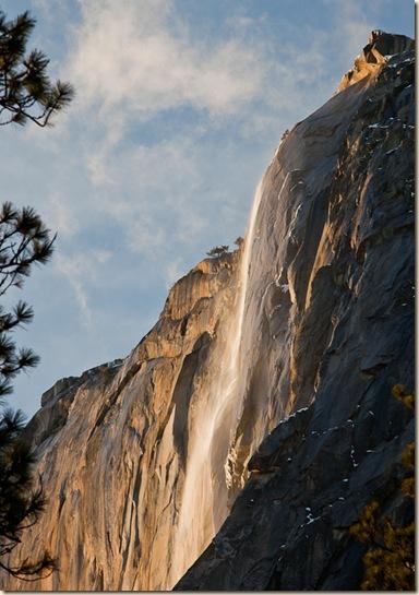 Horsetail-Falls