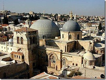 CHURCH_OF_HOLY_SEPULCHER_FROM_LUTHERAN_TOWER_TB_N123199