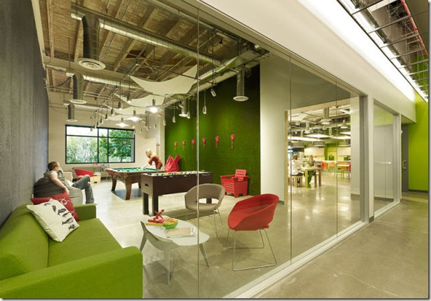 skype-offices-work-2