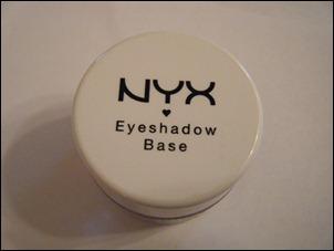 NYX Pearl Eyeshadow Base
