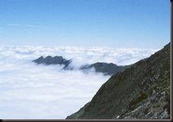 023-PIRCA Mar de nieblas en los valles Franceses