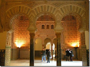 3-the-beautiful-moorish-architecture-esp-that-horseshoe-arch