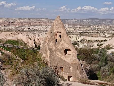 26. Stanca locuita in Uchisar.JPG