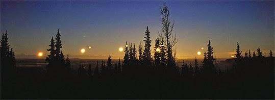 Solstício de inverno em Fairbanks (Alasca) situada a poucos qilómetros a sul do cículo polar ártico