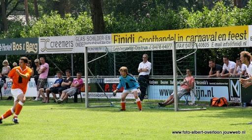 sss 18 familie en sponsorentoernooi 05-06-2011 (25).JPG