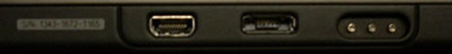 BlackBerry PlayBook HDMI_charging port