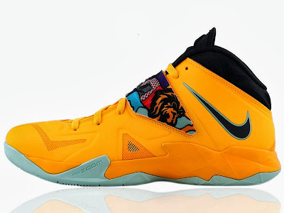 nike zoom soldier 7 gr yellow pop art 3 01 Upcoming LeBron Nike Zoom Soldier VII Pop Art   New Pics