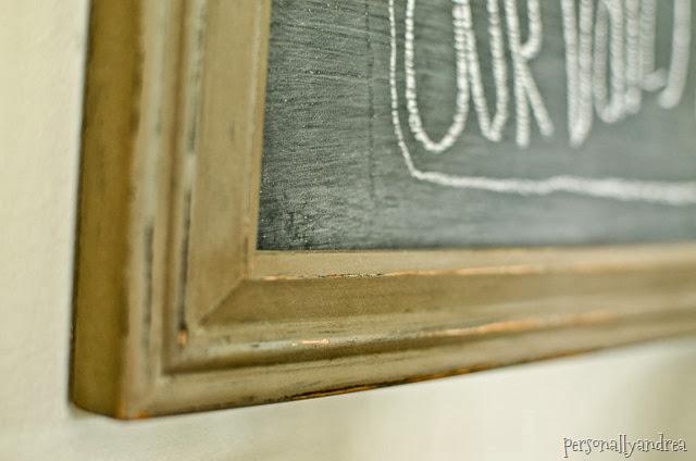 Distressed chalkboard frame | personallyandrea.com