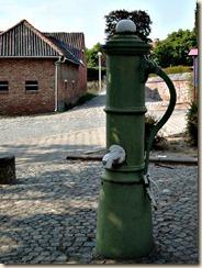 Aalst-bij-Sint-Truiden: dorpspomp