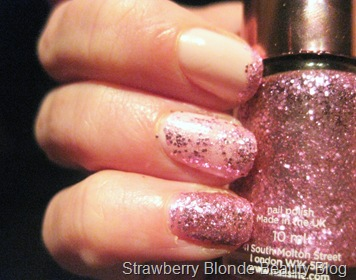 Nails_Inc_Pinkie_Pink_Swatch (7)