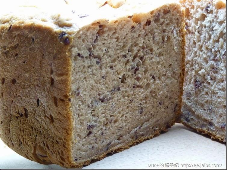 歌林麵包機 - 紅豆麵包切面1