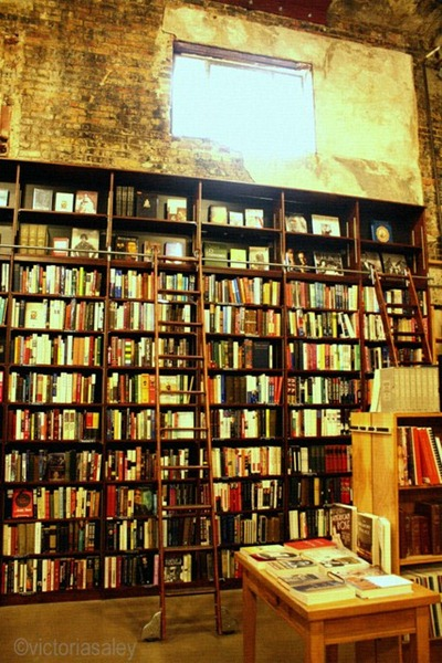 Weller-books-Ladder-wall-texture-001