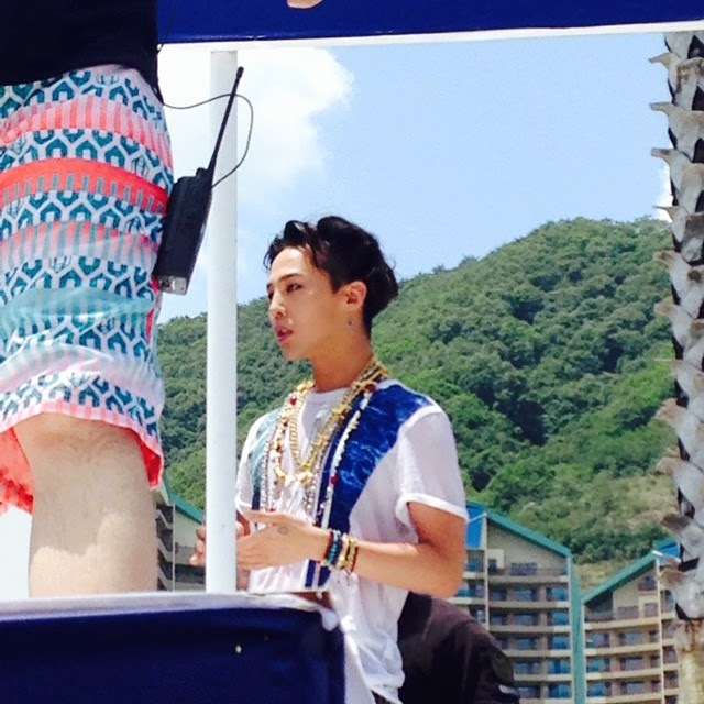 G-Dragon - Hite - 2014 - Ocean World - 04jul2014 - Fan - Alliwantis_more - 01.jpg