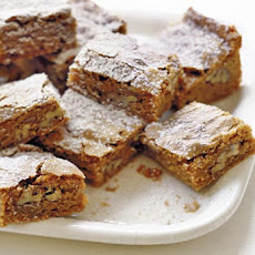 Cinnamon Pecan Blondies Recipe