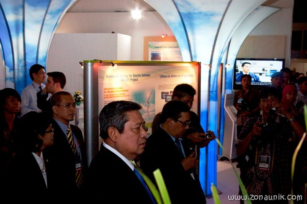 foto keseharian Presiden Indonesia Susilo Bambang Yudhoyono (41)