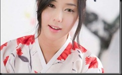 Kim-Ha-Yul-Photos-in-Hanbok-620x380