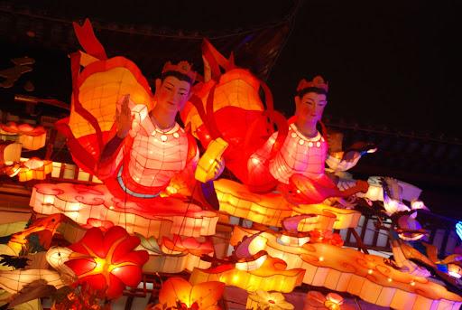 Shanghai Fête des Lanternes 2012 - Déesses plongeantes