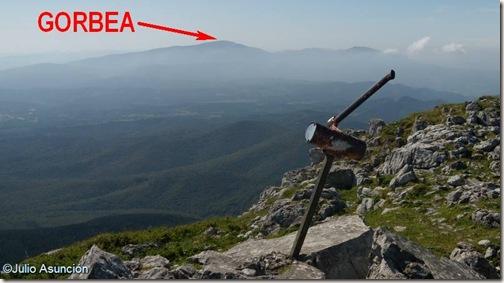 Vista del Gorbea desde la cima de Anboto -  Bizkaia