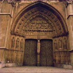 87 - Portada del crucero. Catedral de León
