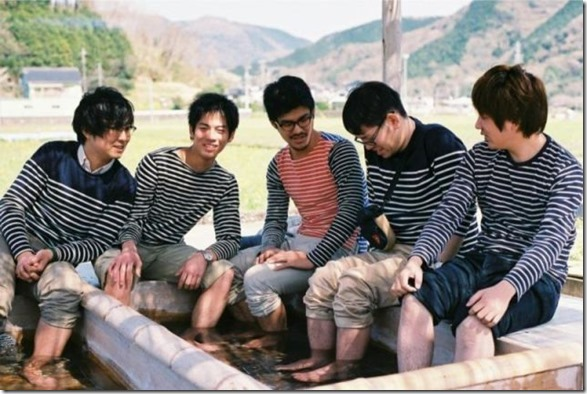 japanese-same-clothes-10