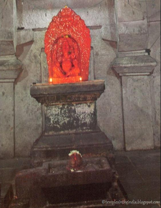 Ganapati & Shivalinga